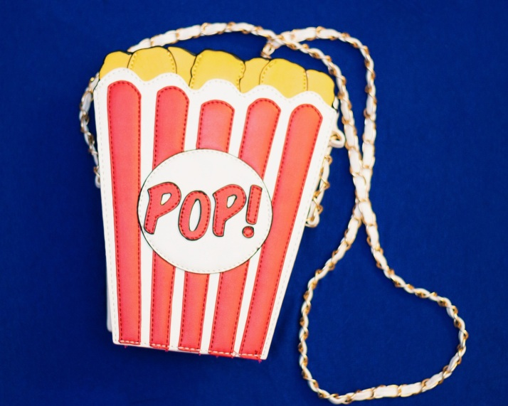 A Look That Pops Modcloth popcorn novelty purse