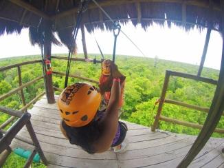 aventuras mayas tulum xtreme zip lining
